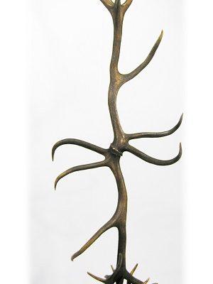 Lámpara ciervo pie, Asta de Ciervo, gamo y corzo, International Antler Trading SL